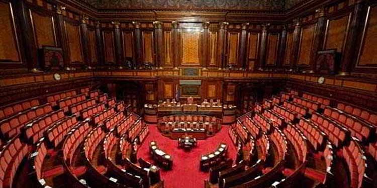 Accadevaoggi il senato italiano vara la nuova legge for Senato italia