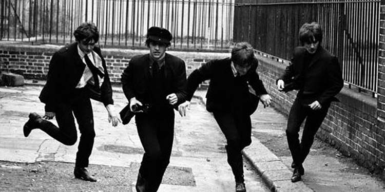 I Beatles registrano il singolo
