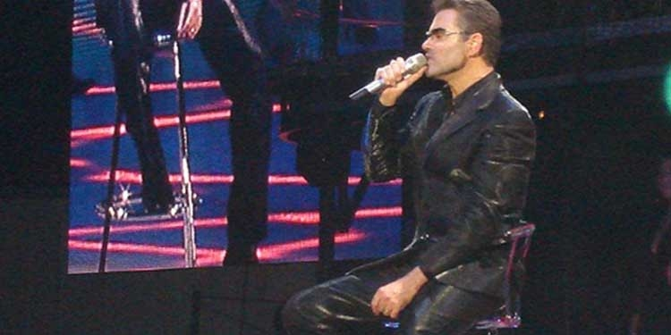 Nasce George Michael, cantante londinese